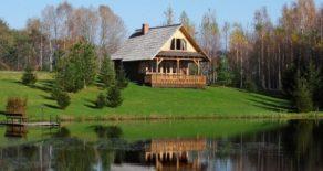 Meža namiņš, brīvdienu māja